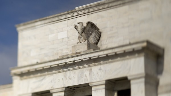 Investors Count On Fed Rate Rise As Gold Eyes Fourth Weekly Loss